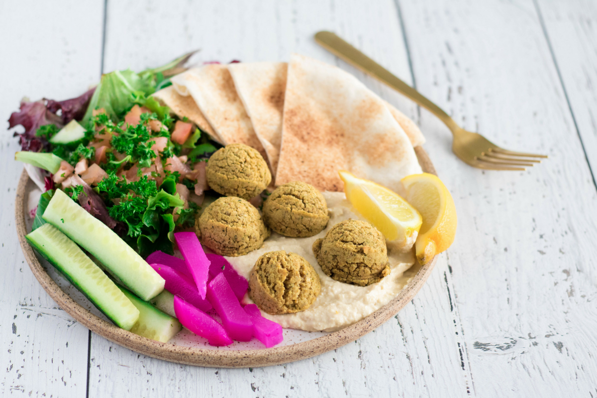 1200x1800 eh vegan falafel plate and bites 18
