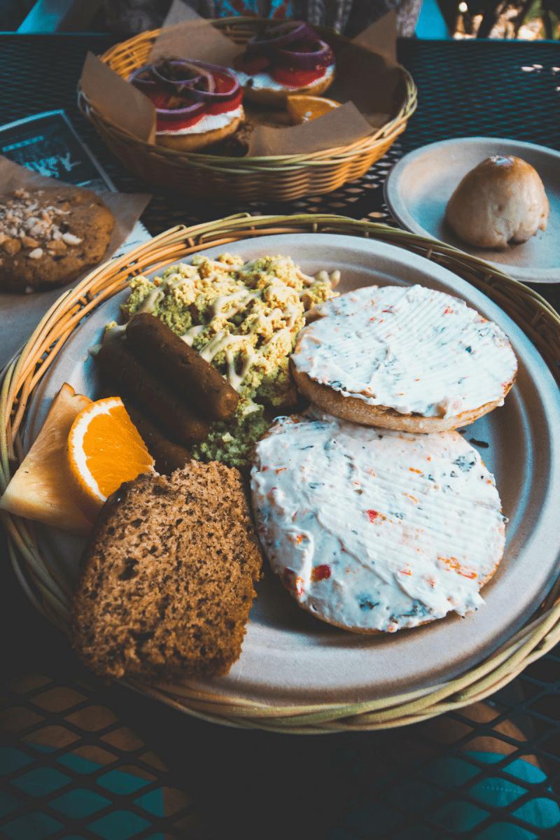 eh vegan big island hawaii trip evolution bakery cafe kona